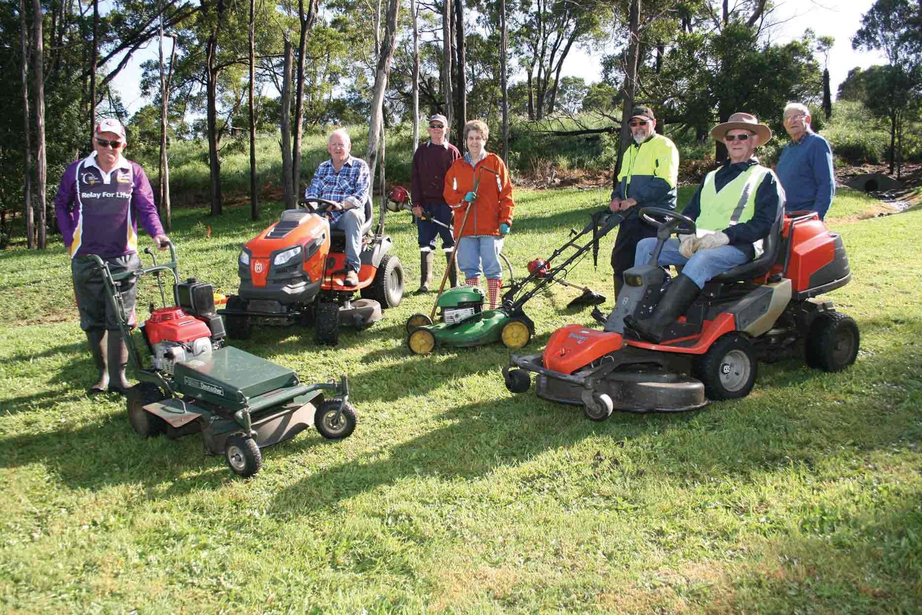 Members of Friends of Land and Water Landcare Group ready for a maintenance session.