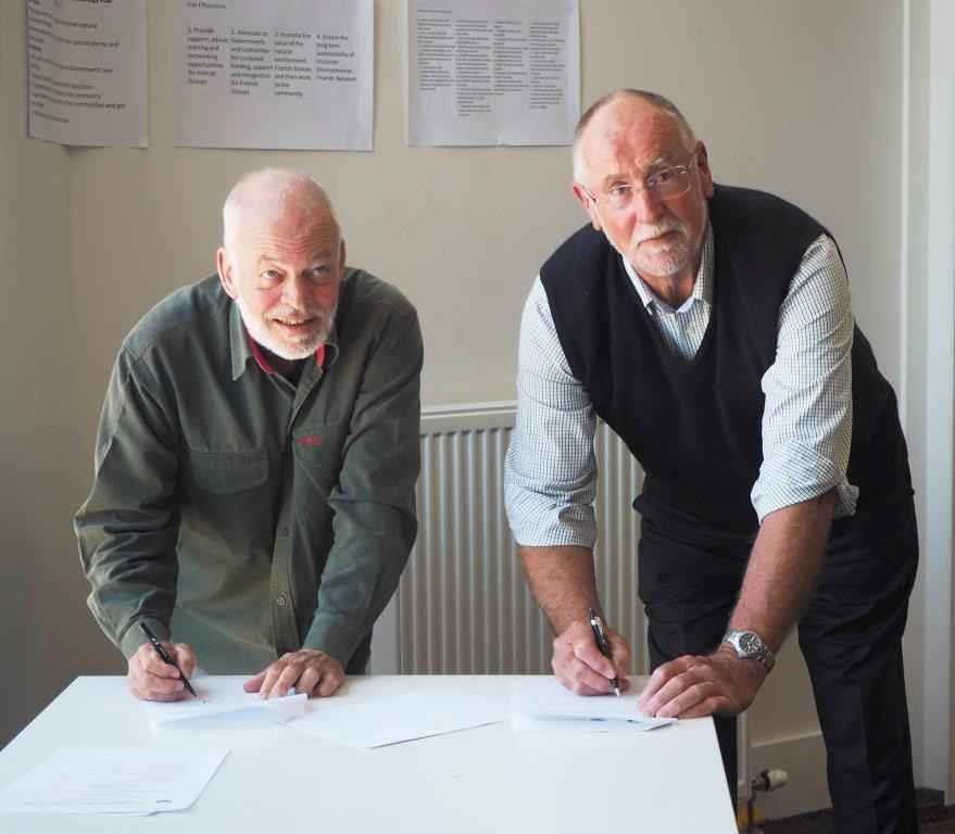 Paul Strickland & Terry Hubbard sign MOU 2019.jpg