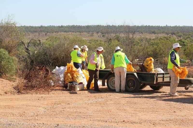 Merbein Wentworth Rd Cleanup Aust Day 20160306 (11)_preview.jpeg